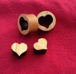 Laserplugs mit Herzmotiv